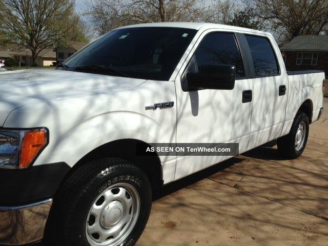 2010 ford f 150 xl crew cab pickup 4 door 4 6l. Black Bedroom Furniture Sets. Home Design Ideas