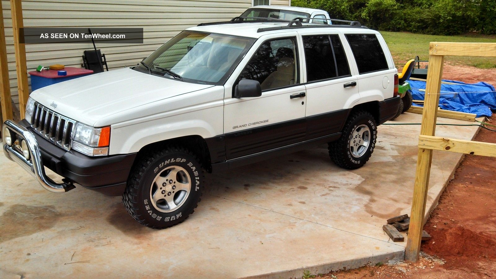 1997 Jeep Grand Cherokee Laredo Sport Utility 4