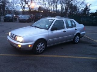1999 Vw Jetta Tdi - Turbodiesel - Well Kept - Diesel - 5speed - 40mpg + - Cheap photo