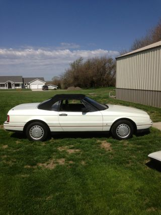 1988 Cadillac Allante Base Convertible 2 - Door 4.  1l photo