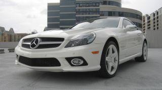 2009 Mercedes - Benz Sl550 Base Convertible 2 - Door 5.  5l photo