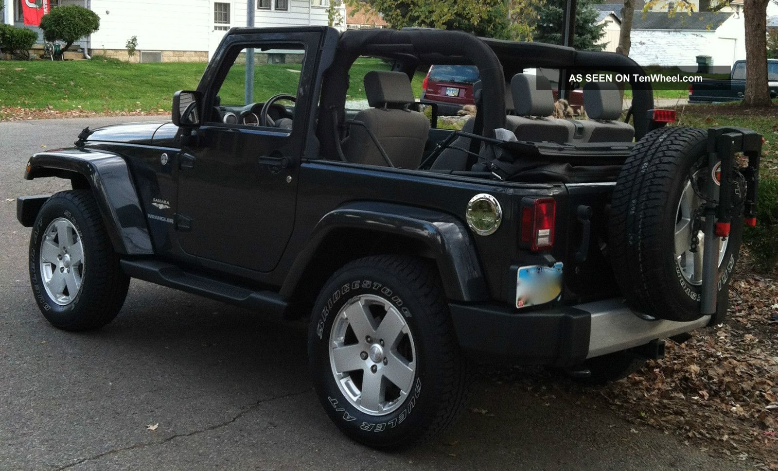2010 jeep wrangler sahara hard soft top hitch bike rack. Cars Review. Best American Auto & Cars Review