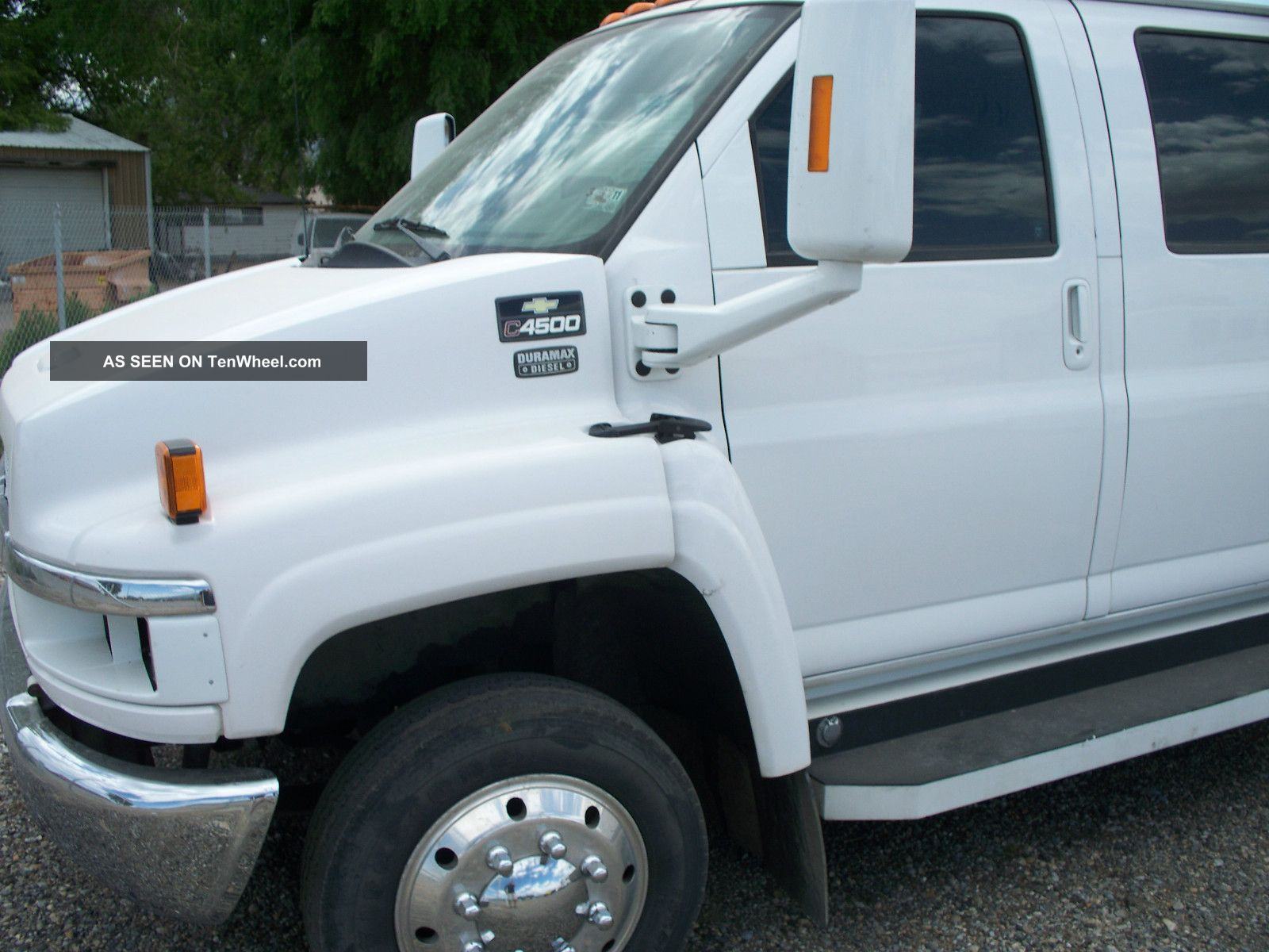 2004 Chevrolet C4500 Kodiak Western Hauler Other photo 1