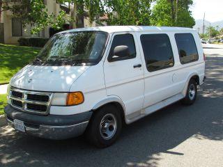 2001 Dodge Ram Van 1500 photo