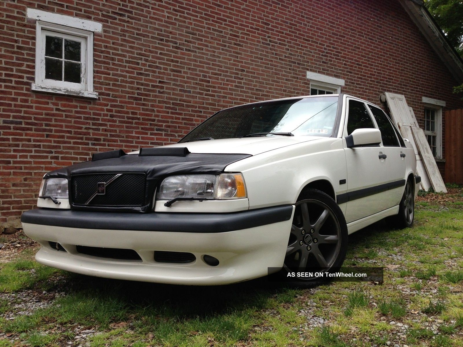 1996 Volvo 850 R 4 - Door Sedan 850 photo