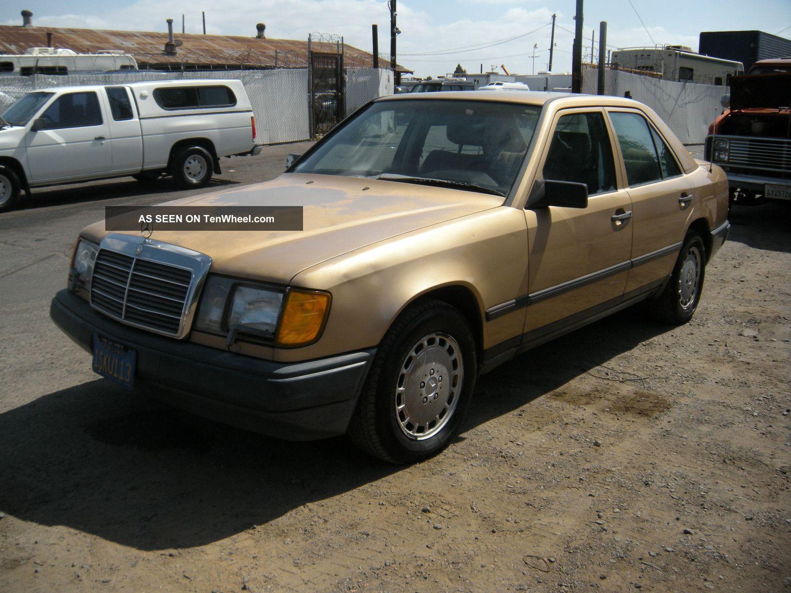 1987 Mercedes 300d, 300-Series photo