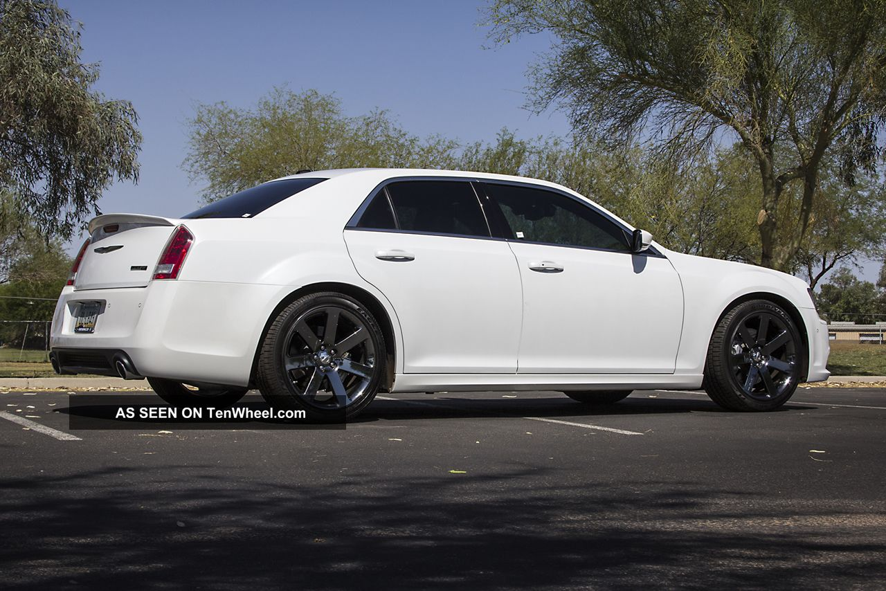 2012 chrysler 300 srt8 300 series photo 6. Cars Review. Best American Auto & Cars Review