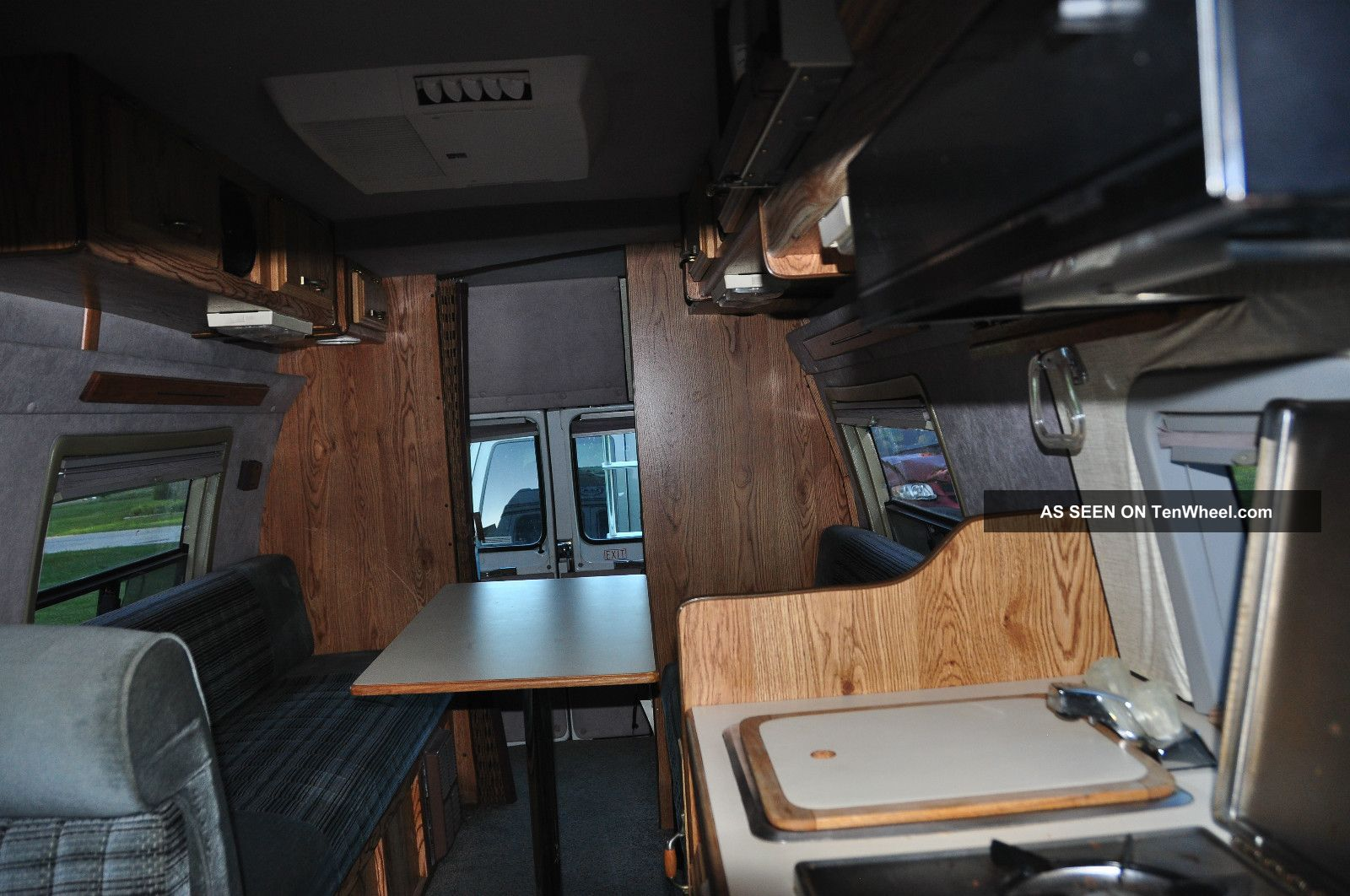 1990 Dodge B250 Extended Class B Camper Van Other photo 3