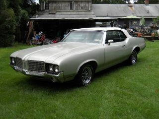 1972 Classic Oldsmobile Cutlass Convertible 4 Speed photo