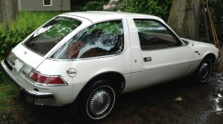 1975 Amc Pacer Attention Collectors White Exterior / Red Interior photo
