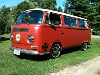 1971 Vw Bus / Vanagon photo