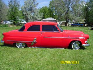 1953 Ford Customliner Custom.  Ford 302,  Auto.  Ride photo
