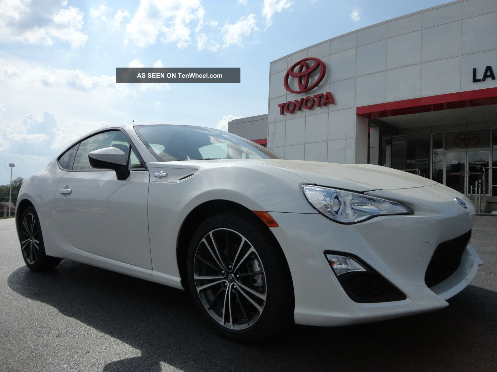 2013 Scion Fr - S 6 - Speed Manual Whiteout Paint Just Arrived Stick FR-S photo