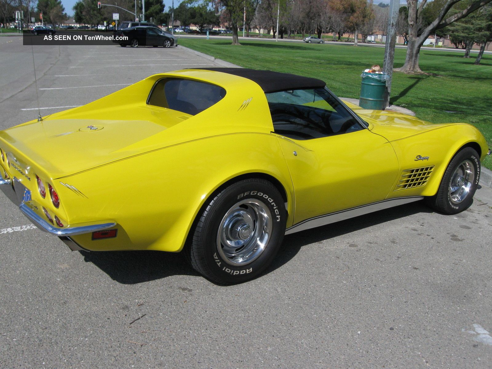 1972 72 4 Speed T - Top Corvette,  Sunflower Yellow, Corvette photo