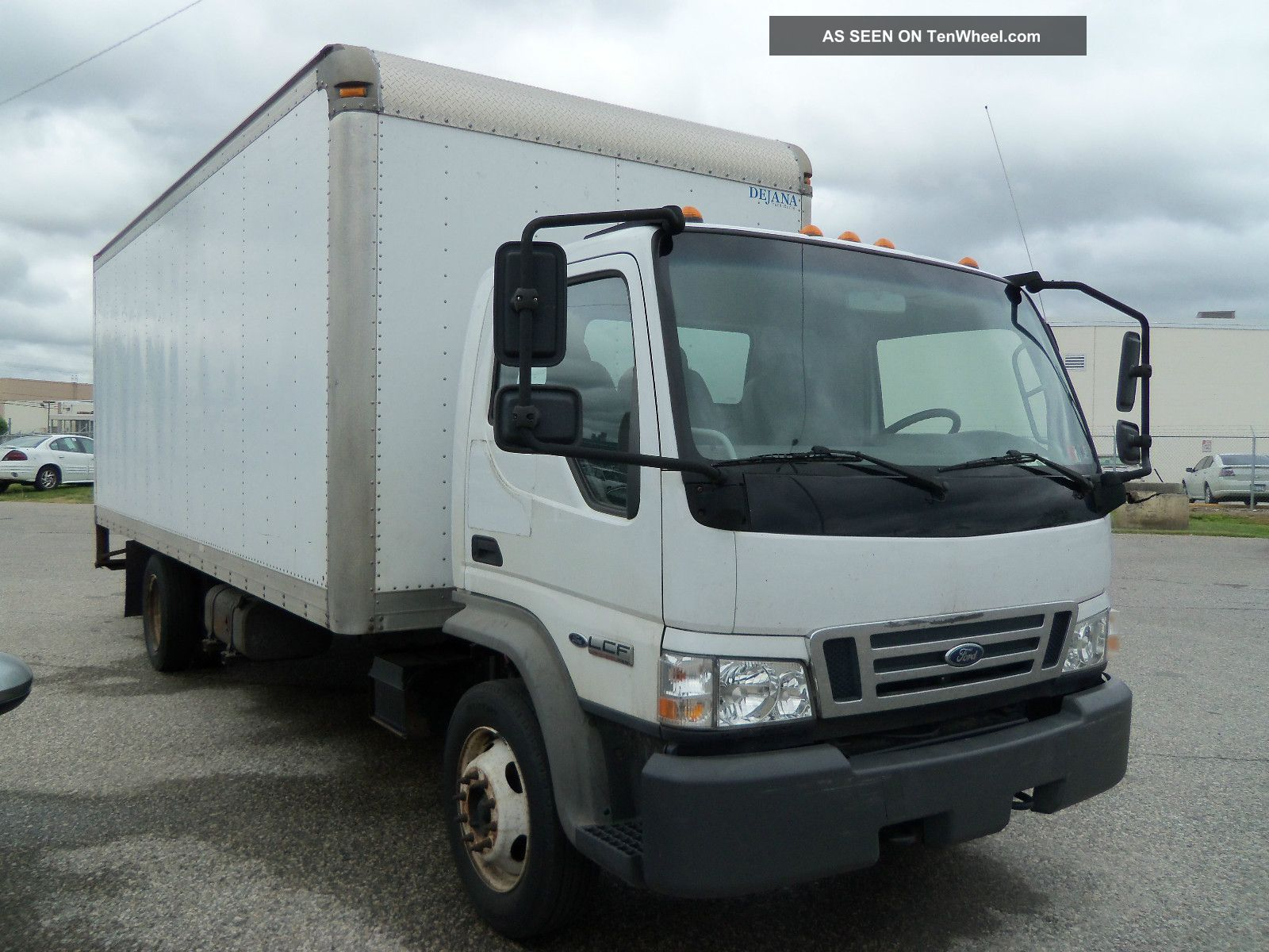 2007 ford lcf box truck rh tenwheel com 2007 Ford LCF Box Truck 2007 Ford LCF Engine Replacement