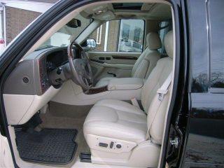 2005 Cadillac Escalade Base Sport Utility 4 - Door 6.  0l photo