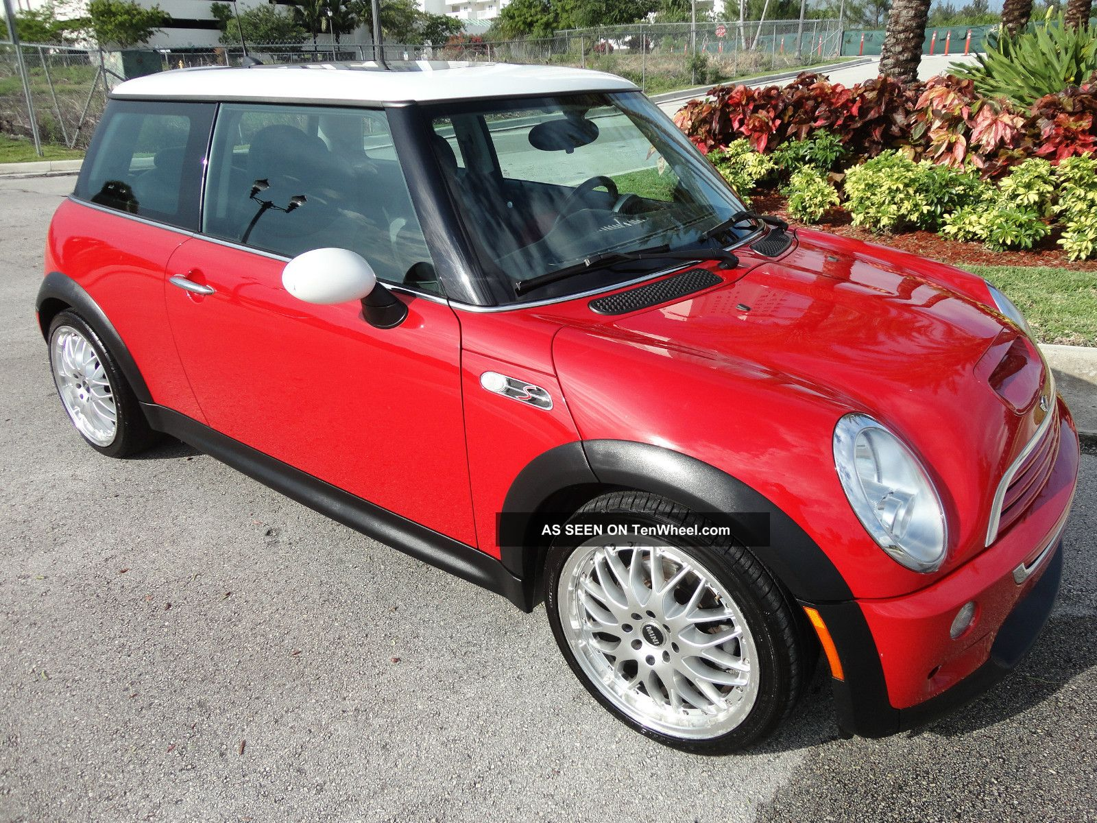 2005 Mini Cooper S Automatic, ,  Panoramic Roof, Cooper S photo