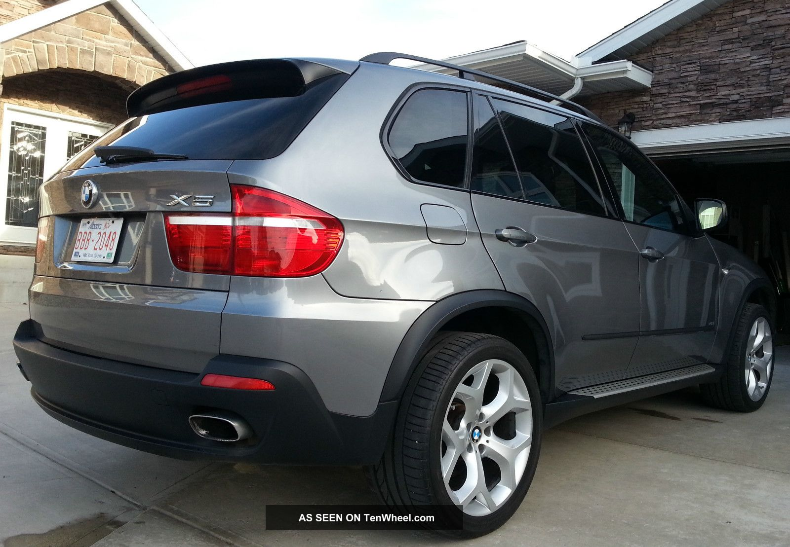 2008 bmw x5 4 8i sport suv private 2 sets of wheels autocheck report. Black Bedroom Furniture Sets. Home Design Ideas