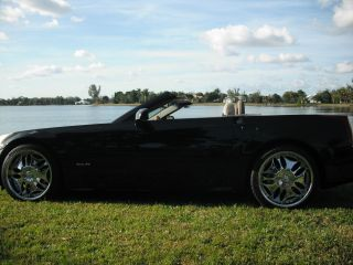 2004 Cadillac Xlr Luxury Vehicle With Sportscar Perfomance photo