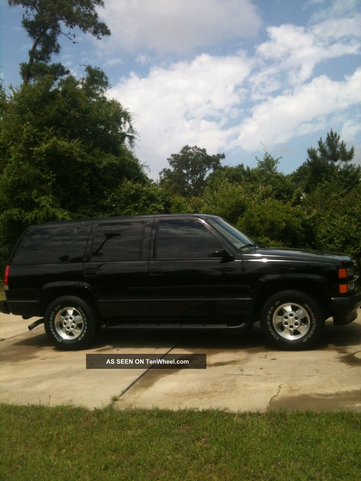 1999 gmc yukon slt chevrolet tahoe limited 4 door 5 7l. Black Bedroom Furniture Sets. Home Design Ideas