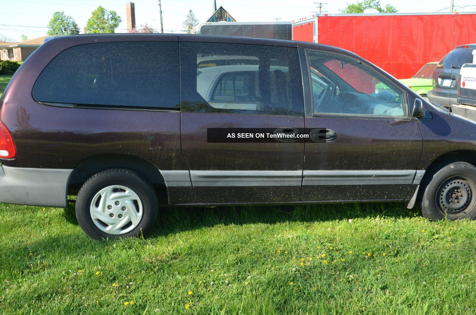1997 Dodge Grand Caravan Se Mini Van 4 - Door Grand Caravan photo
