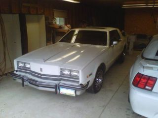 1984 Oldsmobile photo