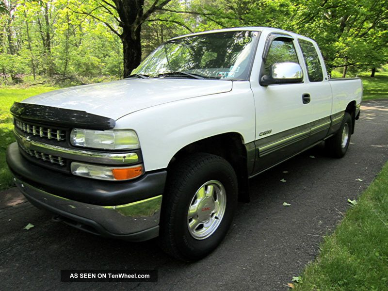 1999 Chevrolet Silverado 1500 Ls Club Cab With 4x4 Pickup Truck With