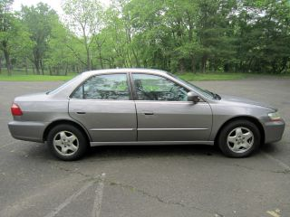 2000 Honda Accord Sedan With photo
