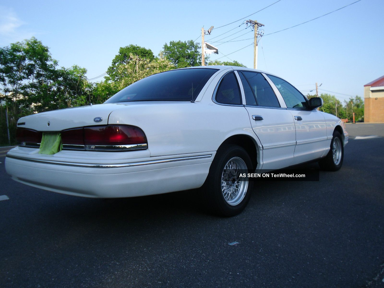 1996 ford crown victoria 88k title crown vic police interceptor nj cheap. Black Bedroom Furniture Sets. Home Design Ideas