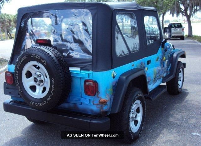1997 Jeep Wrangler Sport Utility 2 - Door 4.  0l Wrangler photo