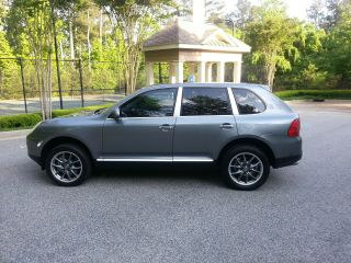 2004 Porsche Cayenne S Southern Car photo