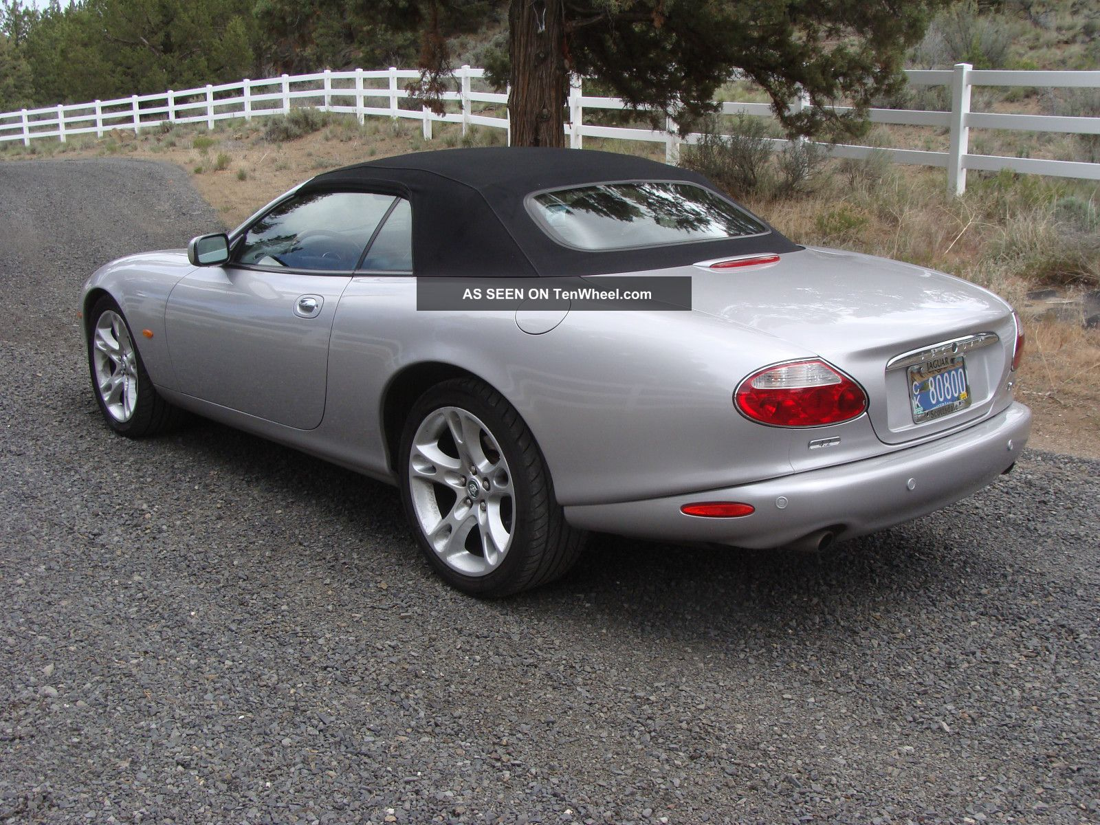 2004 jaguar xk8 convertible in condition. Black Bedroom Furniture Sets. Home Design Ideas