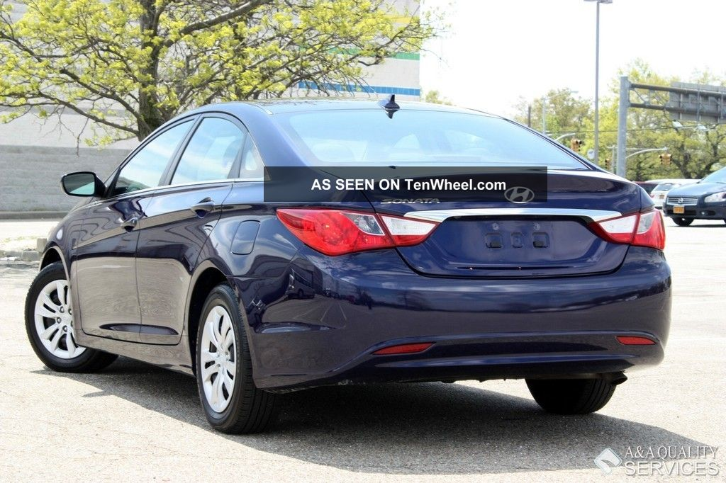 2012 hyundai sonata gls automatic cd mp3 gas saver sonata photo 1. Black Bedroom Furniture Sets. Home Design Ideas