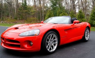2003 Dodge Viper Srt - 10 Red Convertible 2 - Door 8.  3l,  Pristine photo