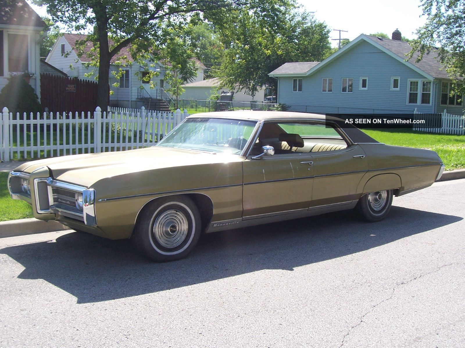 Pontiac Bonneville, Four Door Hardtop. Oklahma Car Bonneville photo 5