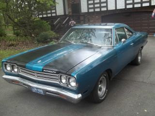 1969 Plymouth Road Runner 383 4 Speed Pillar Coupe photo