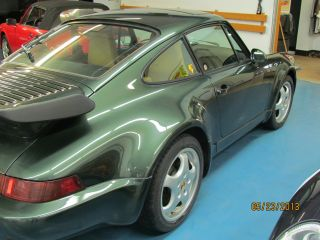 Porsche 1991 Turbo Oakgreen photo
