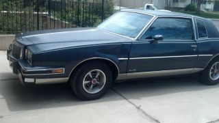 1985 Pontiac Grand Prix Coupe 2 - Door 5.  0l V8 photo