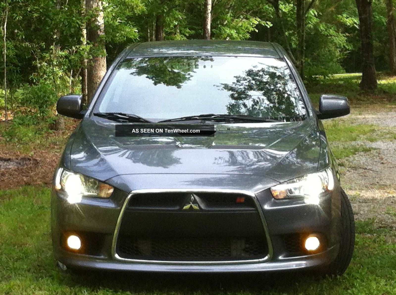 2010 Mitsubishi Lancer Ralliart Sedan 4 - Door 2.  0l Lancer photo