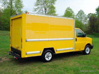 2006 Gmc Savana 10,  000 Gvw No Log Or Cdl Needed photo