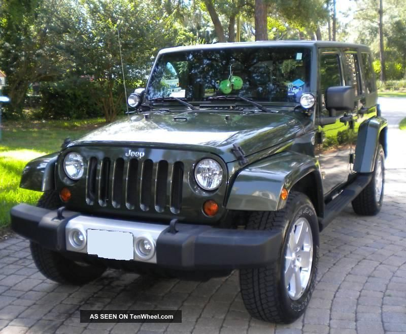 2008 jeep wrangler unlimited sahara 4 door loaded. Black Bedroom Furniture Sets. Home Design Ideas