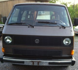 1984 Volkswagen Bus / Vanagon Gl Standard Passenger Van 3 - Door 1.  9l photo