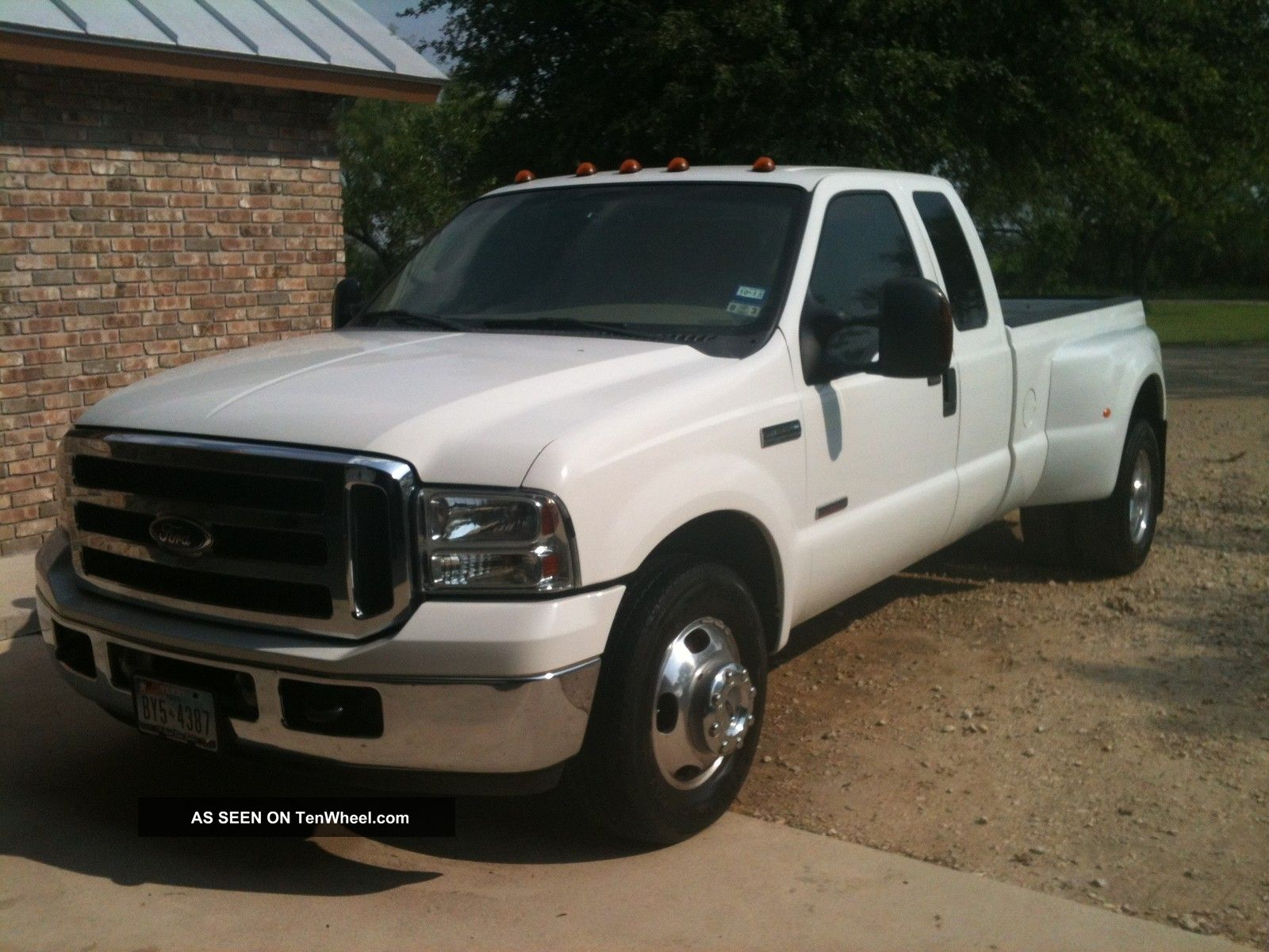 2005 ford f350 short bed dually