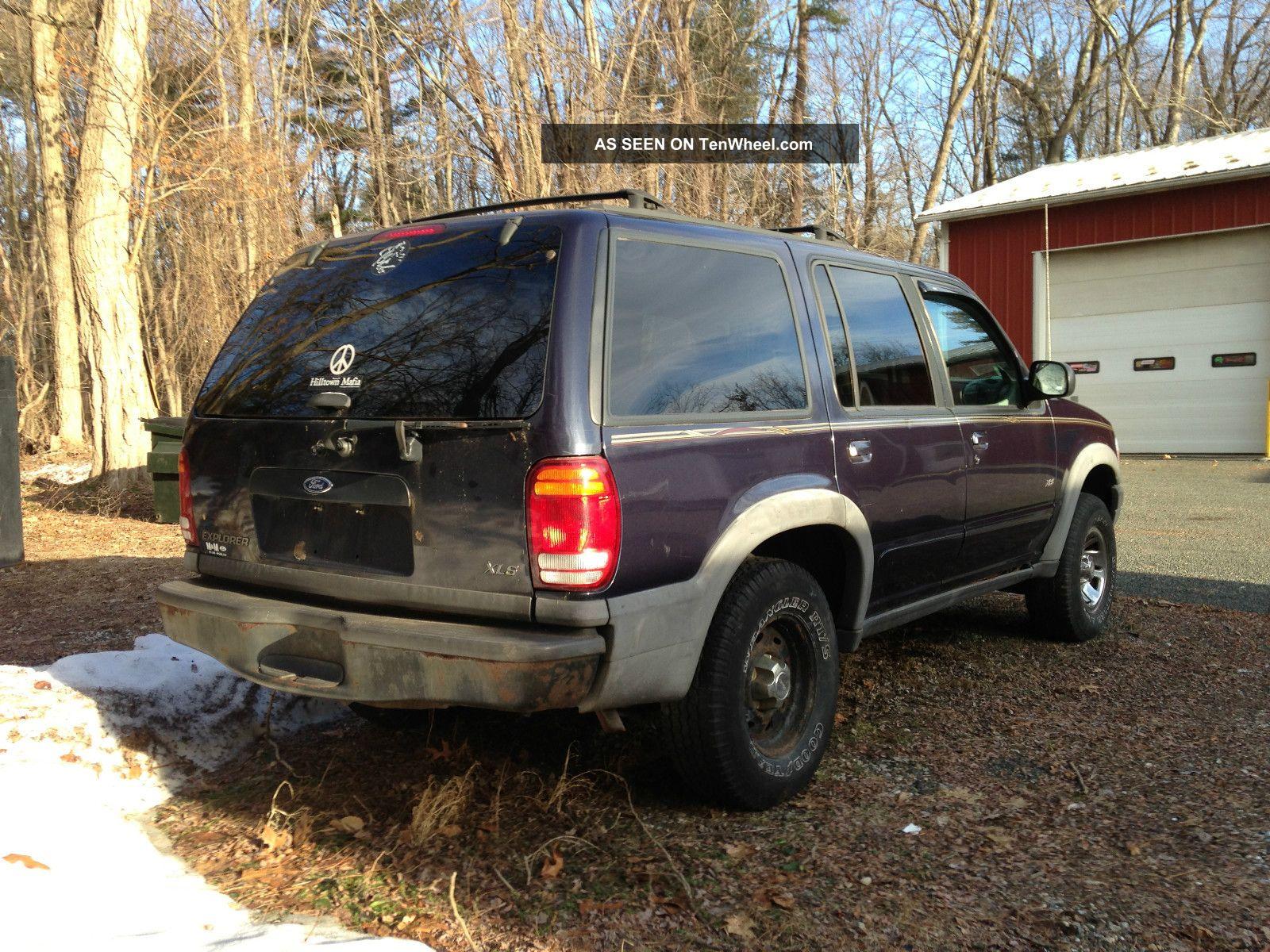 1999 Ford Explorer Xls Sport Utility 4