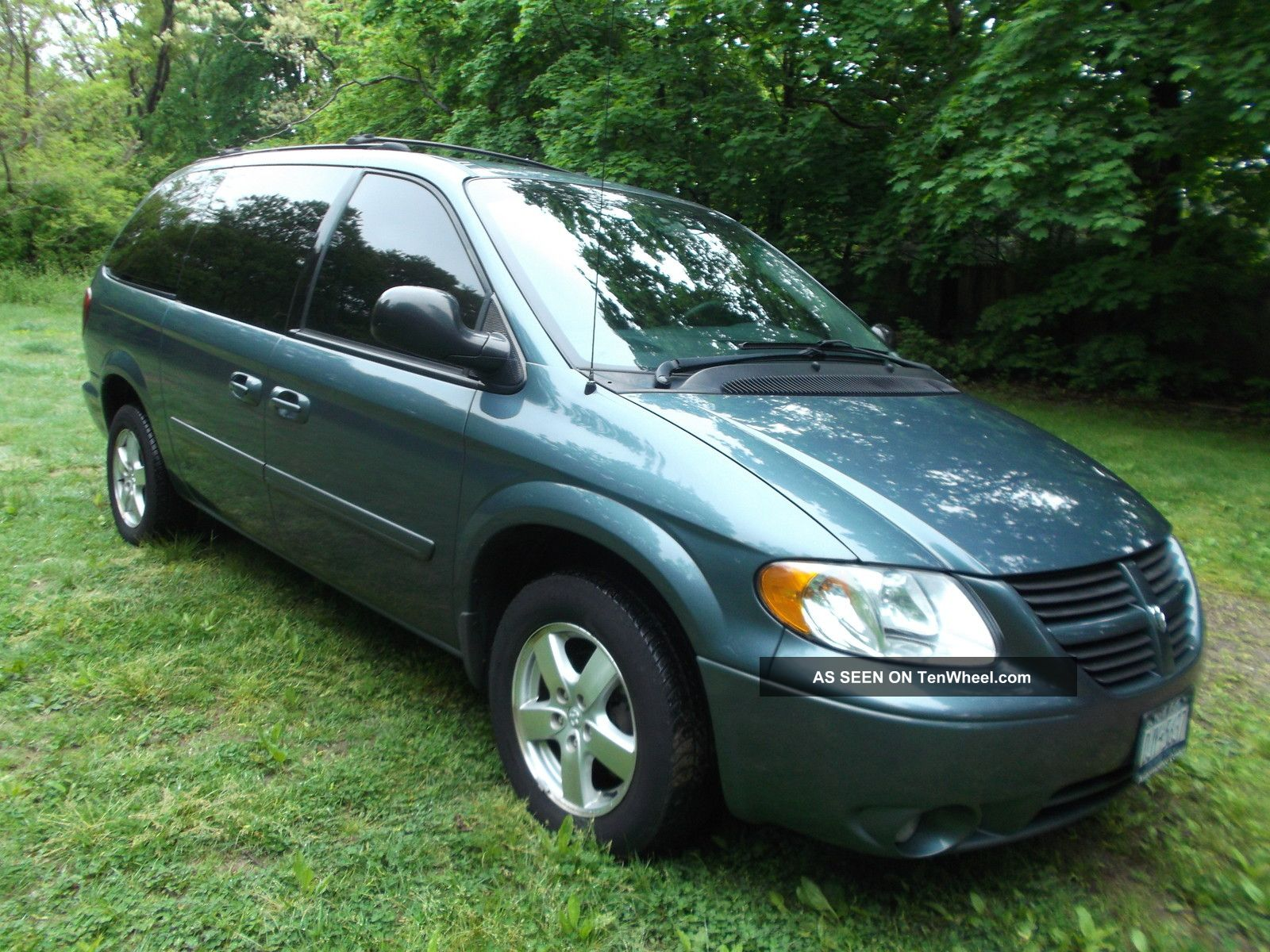 Dodge Grand Caravan Interior >> 2005 Dodge Grand Caravan Sxt Mini Passenger Van 4 - Door 3. 8l