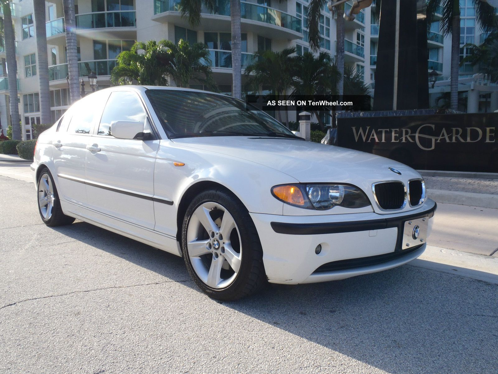 2004 White Bmw 325i / / Sport Package 3-Series photo