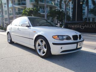 2004 White Bmw 325i / / Sport Package photo