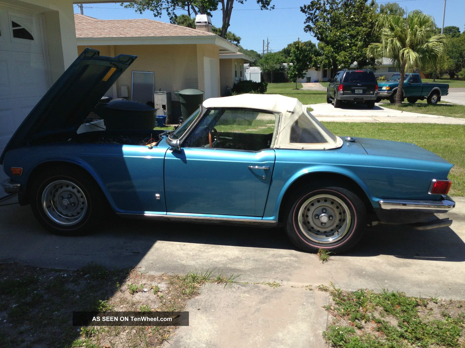 1976 Triumph Tr6 Factory Air,  96k TR-6 photo