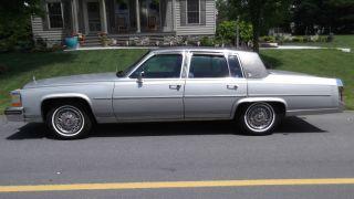 1988 Cadillac Fleetwood Brougham photo