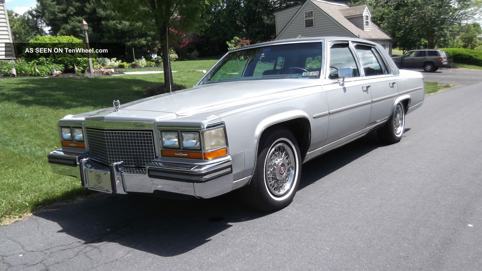 Cadillac fleetwood submited images